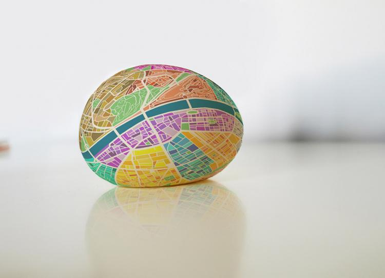 Egg Map - Squeeze Ball To Magnify City Map