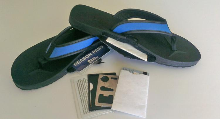 Slot Flops - Arch Port - Flip Flop Sandals With a Secret Stash Slot On Side Of Shoe