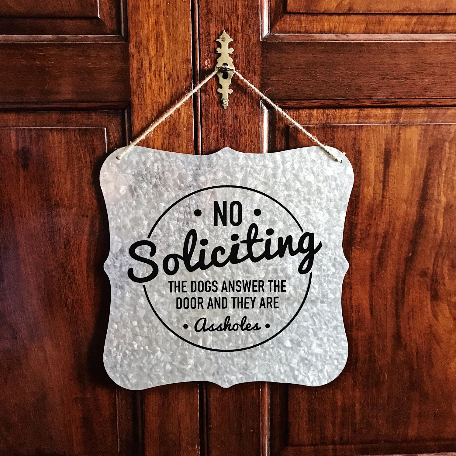 Picture of: This Welcome Solicitors Sign Should Be On Every House That Hates Door To Door Sales People