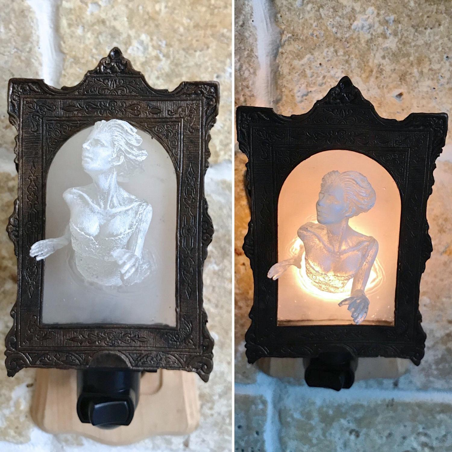 Super Creepy Ghost In The Mirror Wall Plaque Night Light