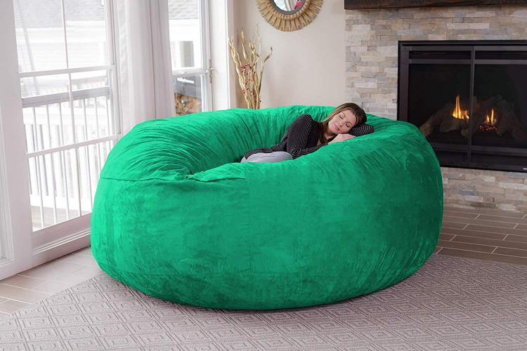 Awe Inspiring Theres A Giant 8 Foot Bean Bag Chair That Can Fit Up To 3 People Machost Co Dining Chair Design Ideas Machostcouk