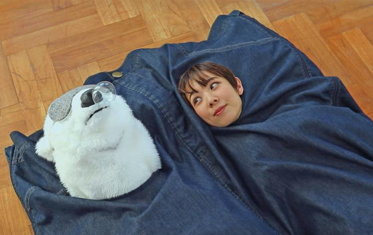 Giant Pair Of Pants Dual Sleeping Bag - Pant legs sleeping bag - Giant blue jeans double sleeping bag