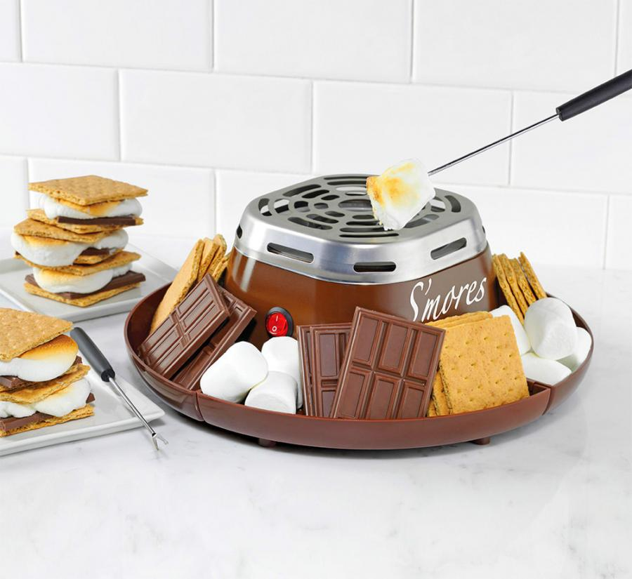 Flameless indoor s'mores cooker - Best gift ideas for s'mores lovers