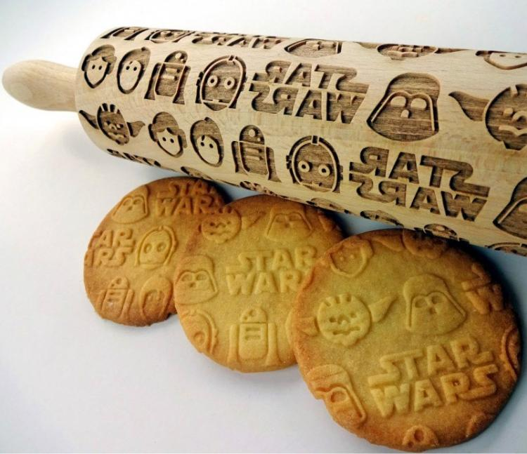 Star Wars Rolling Pin Makes Star Wars Imprinted Cookies