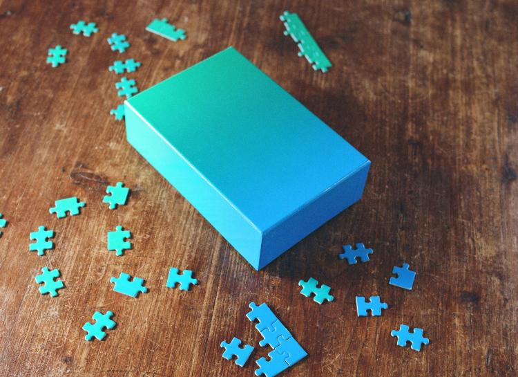 Gradient Jigsaw Puzzle