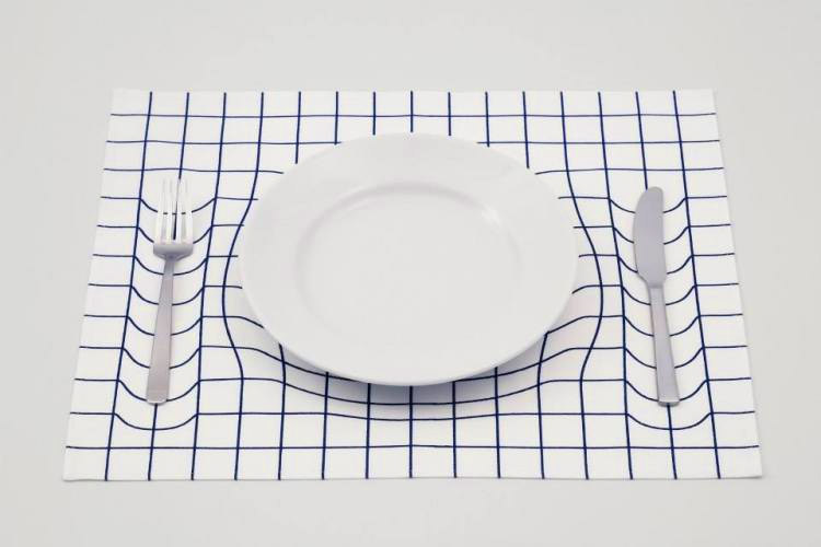 Gravitational Displacement Placemat - Time dilation place-mat - Fun science and space trick placemat