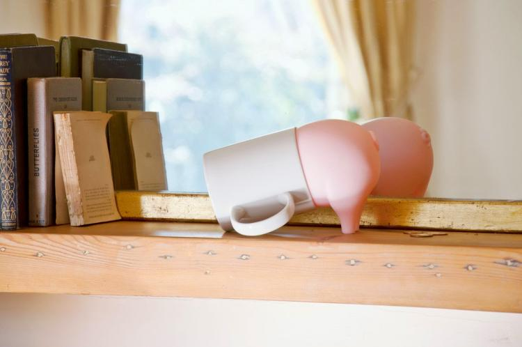 Greedy Pig Turns Cups Into A Piggy Bank