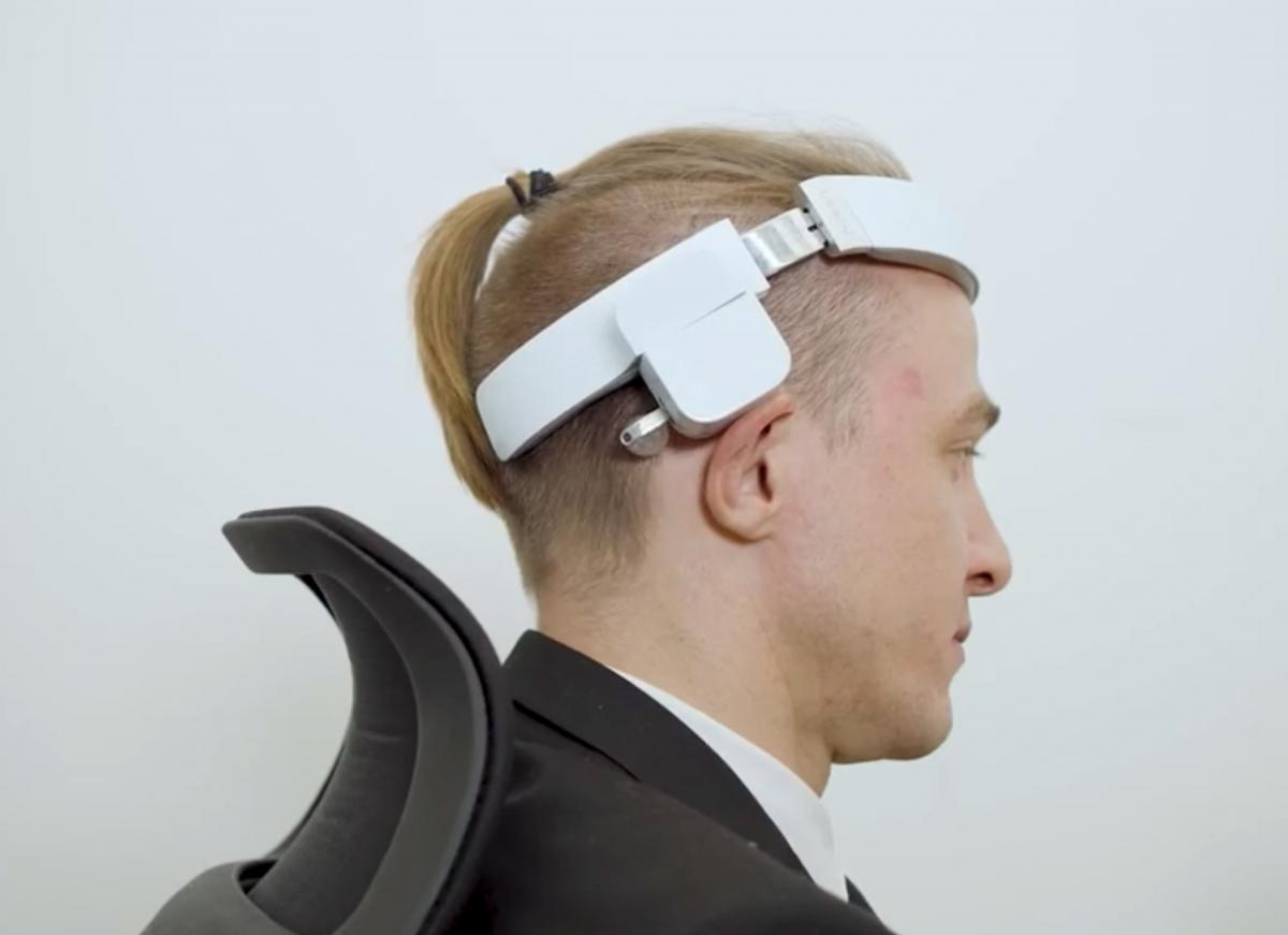 Lerou Automatic Head Massaging Robot - Head-Mounted Robot Massages Your Head and Neck