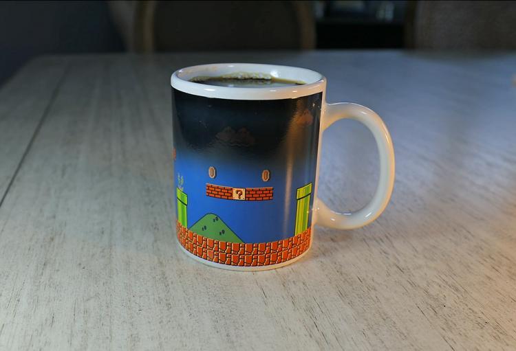 Heat Changing Mario Mug Turns From Night Level To Day Level
