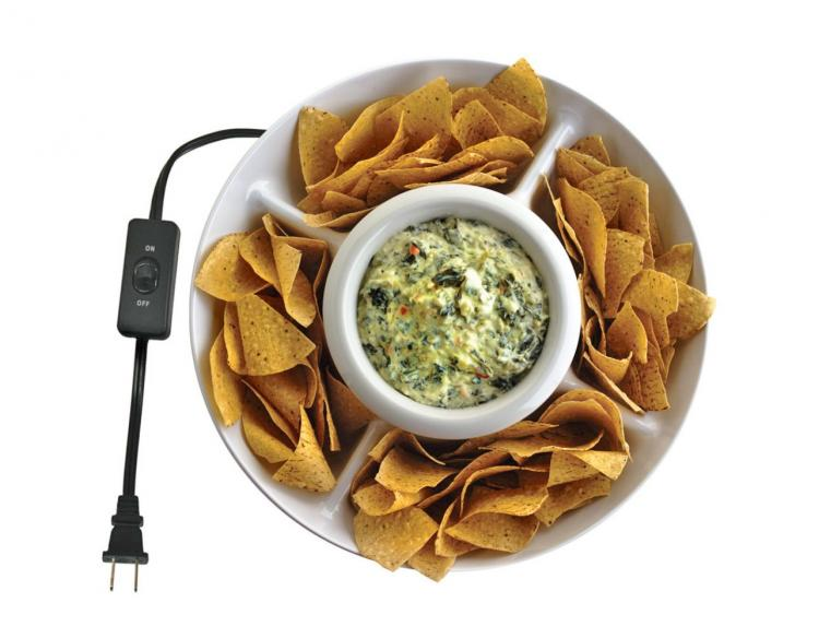 Heated Chip and Dip Tray Keeps Your Dip Warm