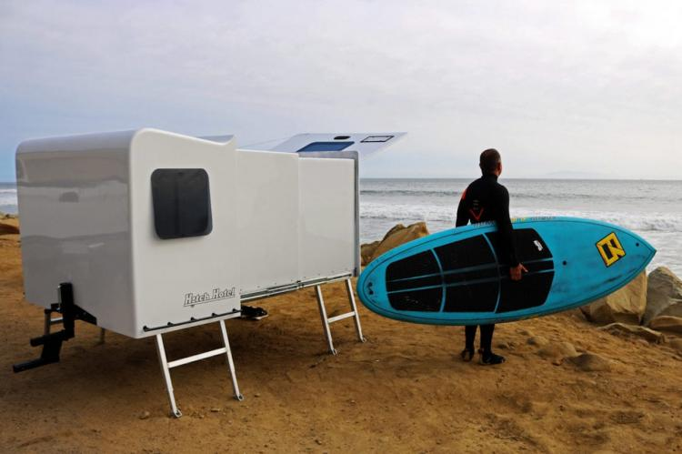 Hitch Hotel: Expandable Wheel-less Trailer Camper