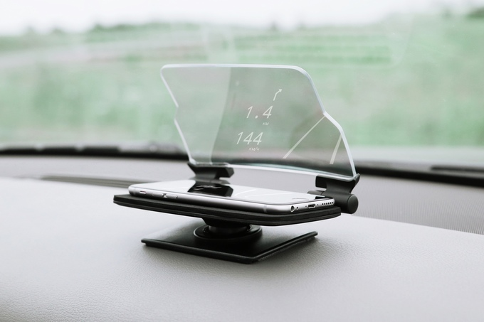 HUDWAY Glass uses your phones reflection for a heads-up-display (HUD) in your car - Phone Heads-Up-Display HUD for car