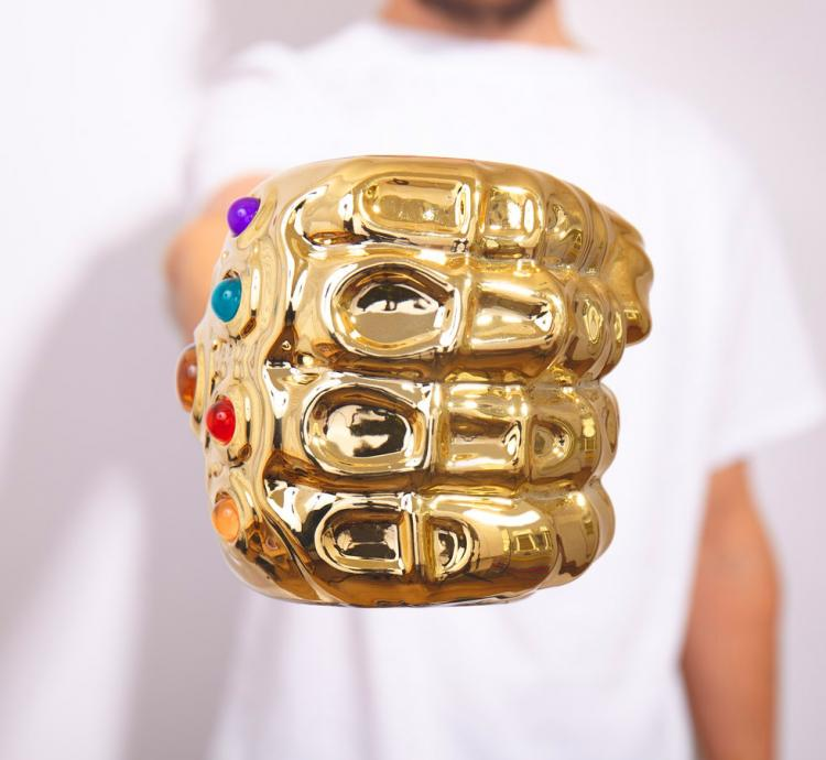 Infinity Gauntlet Coffee Mug - Avengers Thanos glove coffee cup