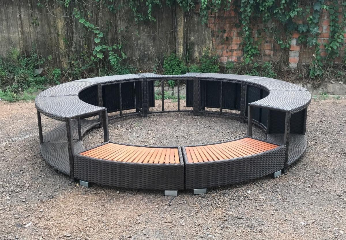 Inflatable Hot Tub Surround Structure - Spa Surround Poly Rattan Black - Modern Hot tub wrap with storage and easy entry