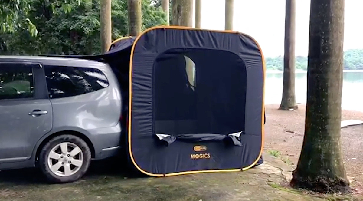 Instant Pop-Up Car Tent Attaches To The Tailgate Of Your SUV or Minivan - Carsule pop-up tailgate tent