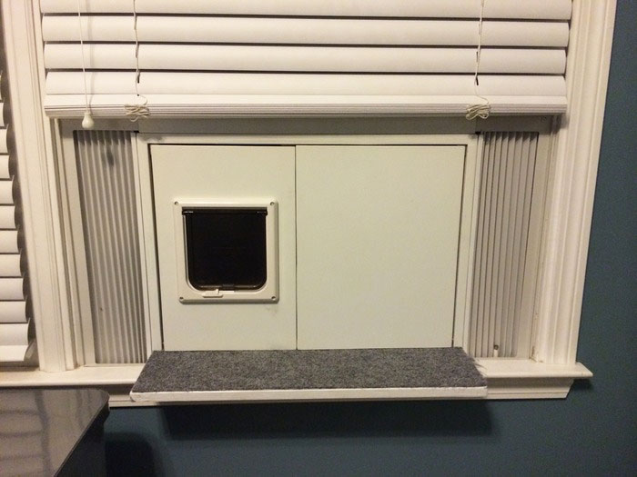 Katio Window Hanging Cat Litter Box