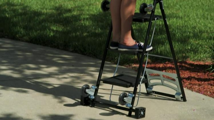 Kerry Kart: A 4-in-1 Cart, Step-Ladder, Hand-Truck, and Dolly