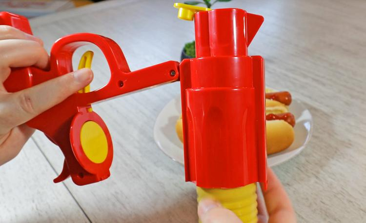 Condiment Gun: Squirts Ketchup and Mustard With the Pull of a Trigger