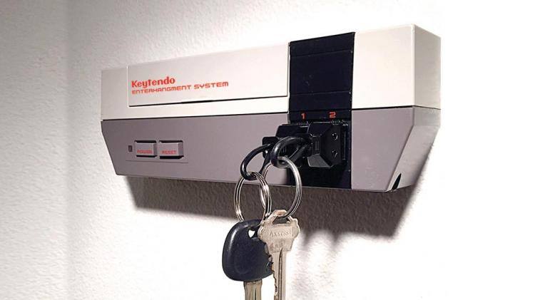 Keytendo Nintendo Console Key Holder - Retro NES Key Holder Key-Chain