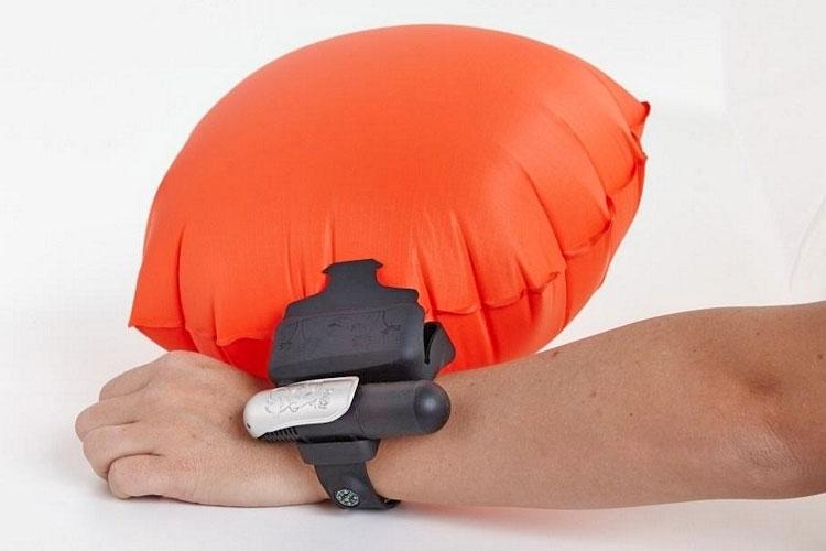 Kingii Emergency Wristband Flotation Device