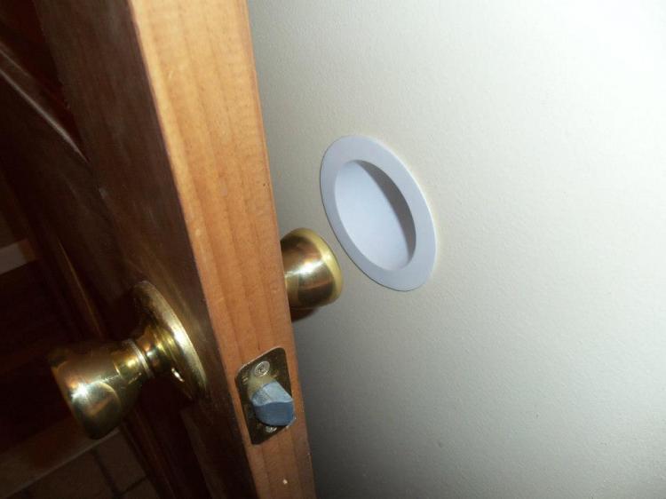 Merveilleux Knob Gobbler   Door Knob Wall Protector