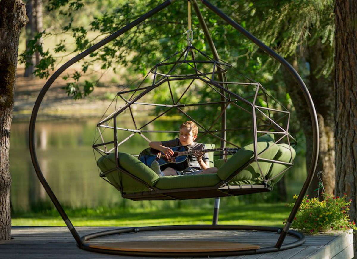 Kodama Zomes - Giant Hanging Hammock Lounger That Hangs From Tree