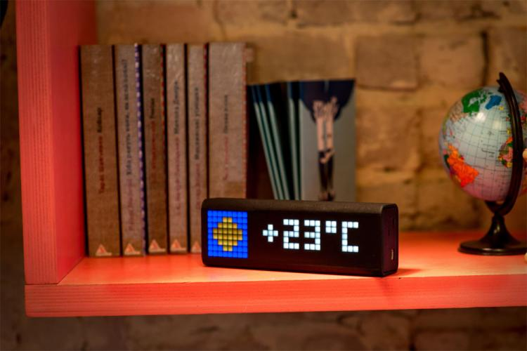 LaMetric Wi-fi Smart Clock News Ticker