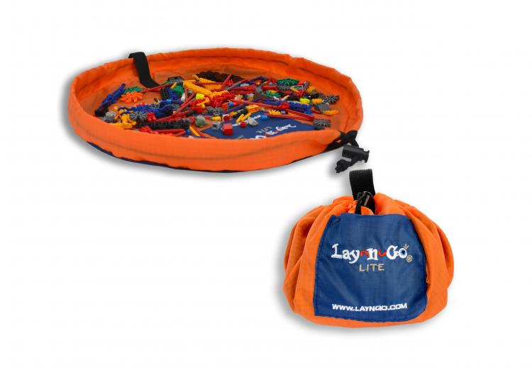 Lay-n-Go Lego Collecting Mat - Drawstring play mat cinches toys shut - Backpack toy mat