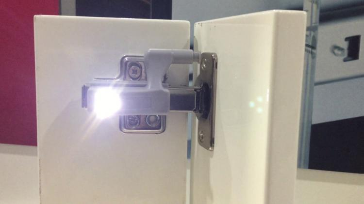 Led Soft Close Cabinet Hinge Lights Turn On When Door Is