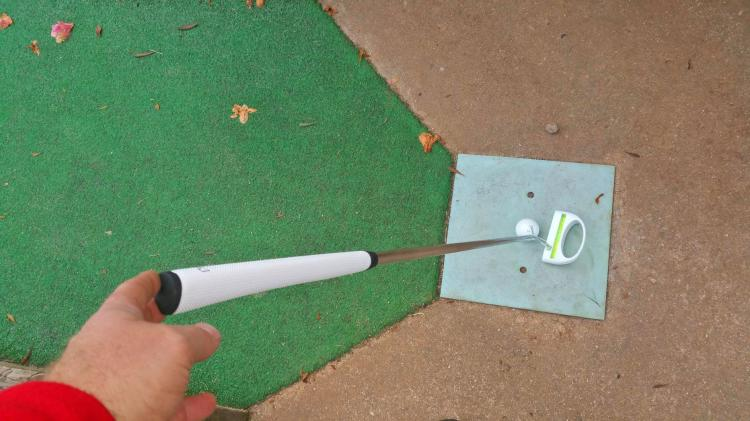 Level Golf Putter - Golf Putter With a level inside of it