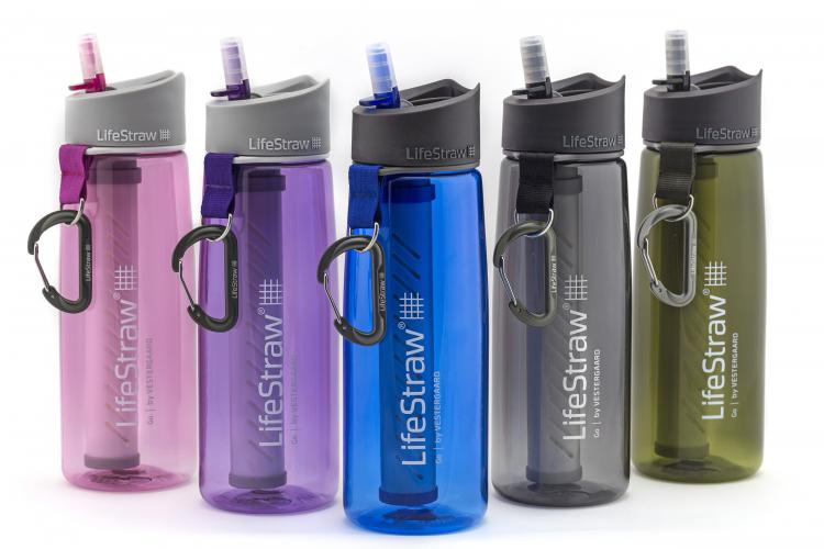 LifeStraw Go Water Bottle - Drink from any water source - Water bottle with integrated lifestraw bacteria filtering straw