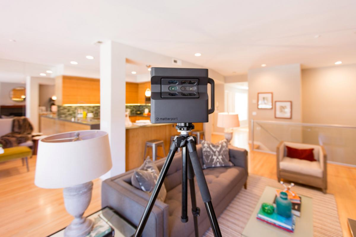 Matterport 360 Camera Home Layout Scanner - 3D home tour gadget