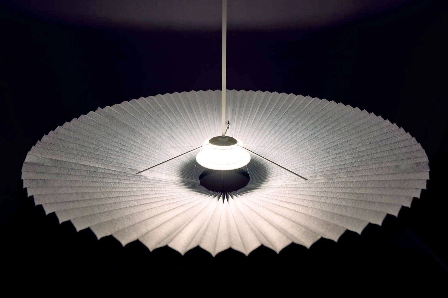 Adjustable honeycomb lamp