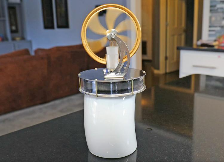 Mini Sterling Engine - Heat powered engine runs off heat from your coffee cup