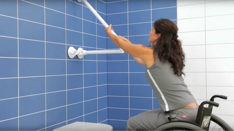 Mobeli Versatile Dual Suction Cup Hand Rails For Seniors and Disabled - Suction grips for bathroom with access to shower, bathtub, and toilet