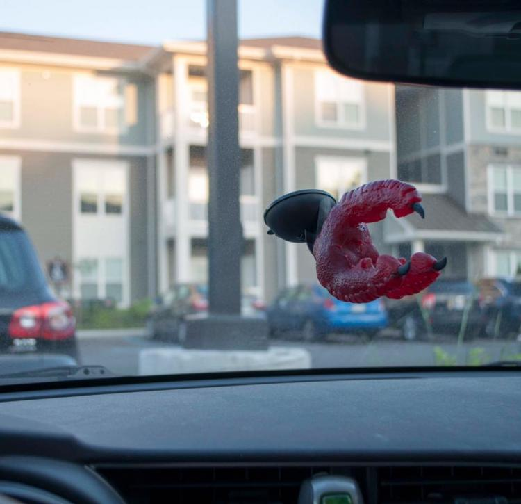 Monster Claw Phone Car Mount - Eagle Claw Phone Mount