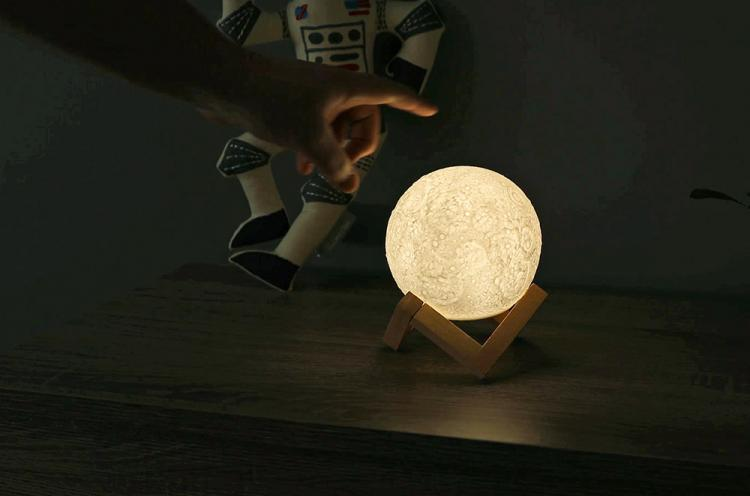 Moon Night Light   Lunar Lamp   Glowing Moon Lamp   Tap To Turn It