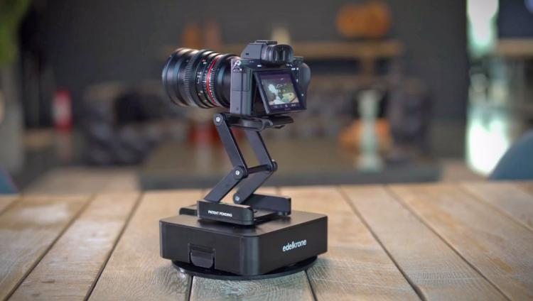 Edelkrone SurfaceOne Two-Axis Motion Control Camera Robot - DSLR camera motion robot - Timelapse motion robot