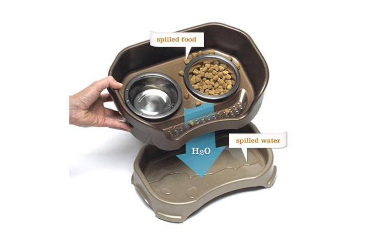 Neater Feeder Standing Dog Feeding Station - Absorbs Spilt Water - Water draining dog feeder