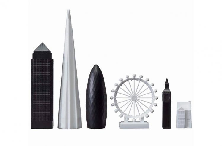 London City Skyline Chess Set - Architecture skyscraper buildings chess board