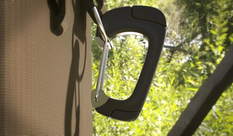 Nomadclip Is a Carabiner That Charges Your Phone