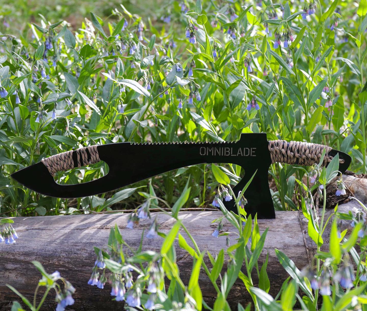 Omniblade 3-in-1 Survival Machete Includes a Knife, Tactical Tomahawk, and a Survival Saw - Giant machete multi-tool