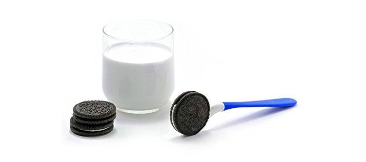 Oreo Dipping Spoon
