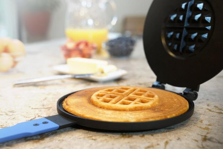 PanWaffle - Pancake and Waffle Combo Breakfast Maker - Waffle and Pancake in one