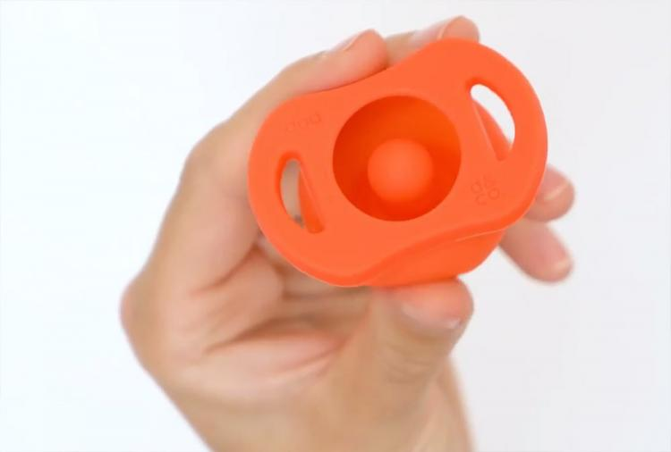 Pop Pacifier Automatically Closes When Dropped - Always clean baby pacifier