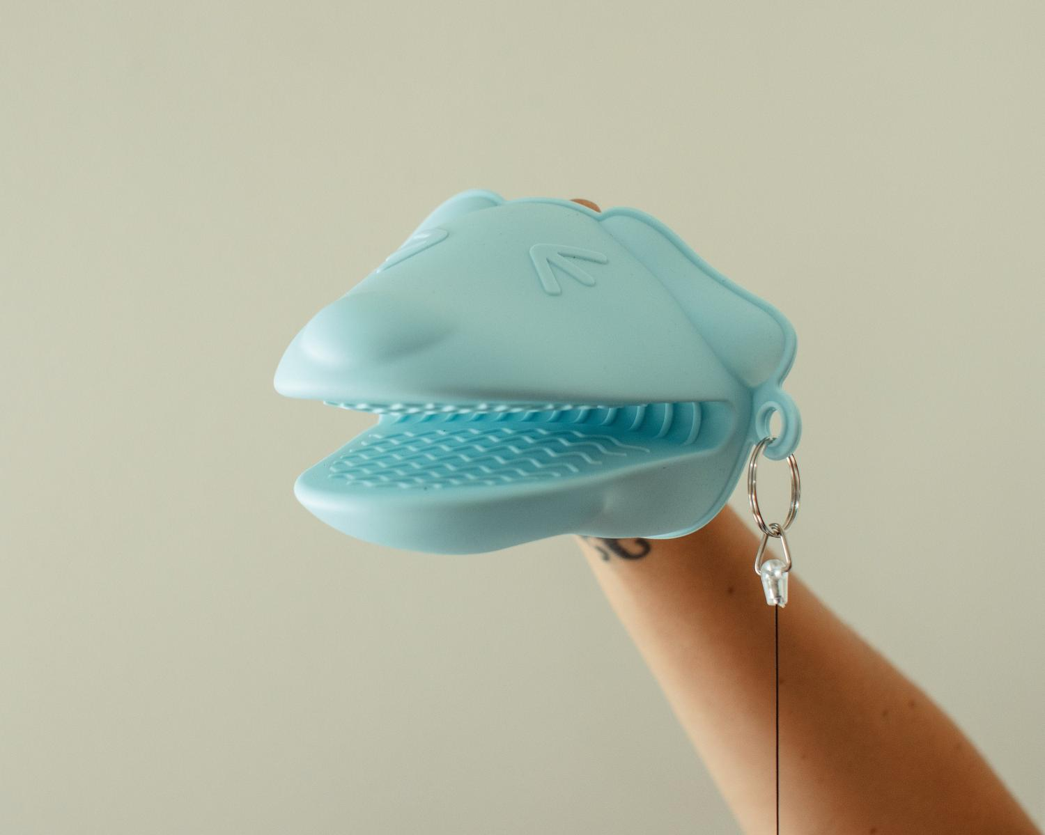 Portable Retractable Safety Mitt - Coronavirus Quarantine Glove