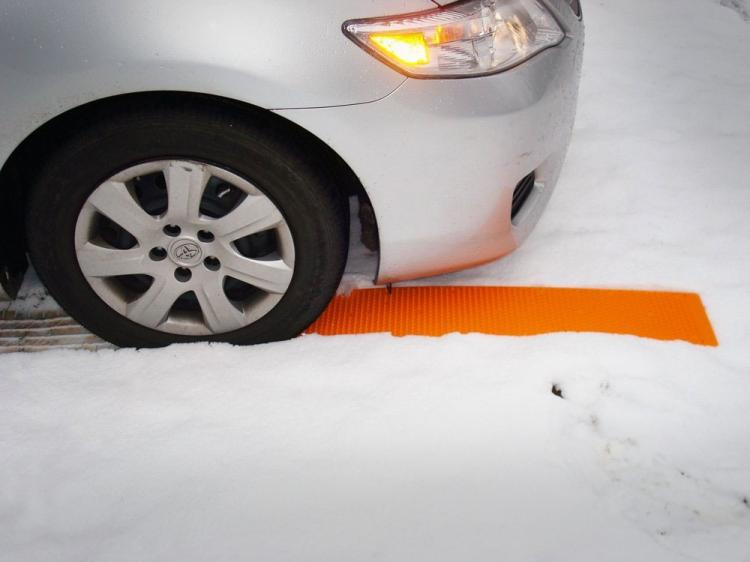 Portable Tow Truck Tire Traction Strips