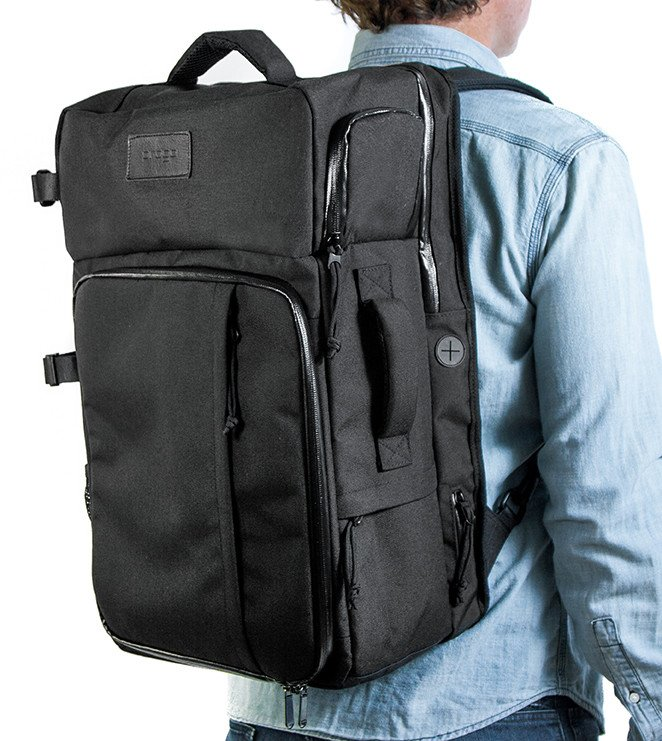 Smart Travel Luggage Backpack - Luggage with charger and removable shelving