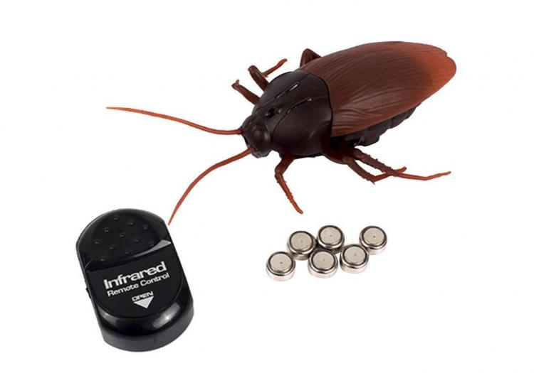 Remote Control Cockroach - Prank Cockroach Robot Toy