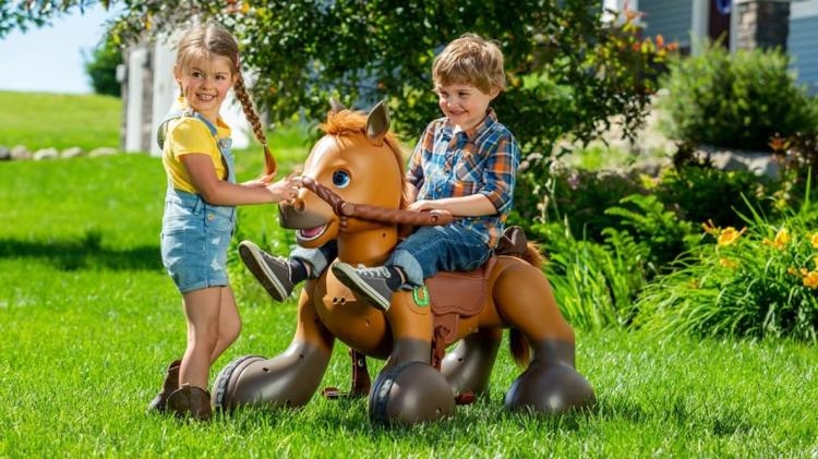 Rideamals - Interactive Pony Scooter - Ride-on Pony Scout dancing horse you can feed